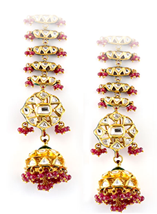 Earing Pair of Jadau and Enamel Work Set with Uncut Diamonds