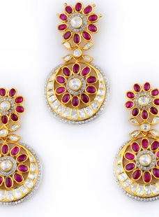Pendant Set in Fusion Work Set with Rubies, Uncut Diamonds and Full Cut Diamonds