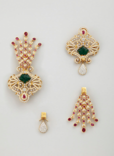 Convertible Sirpech in Emeralds,Rubies and Diamonds.